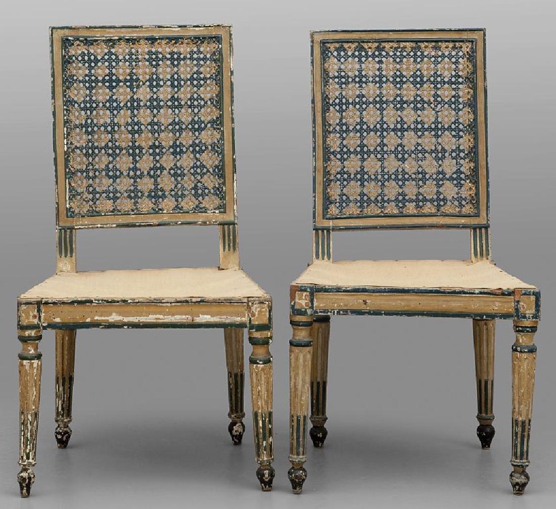 Sei sedie Luigi XVI in legno intagliato e laccato