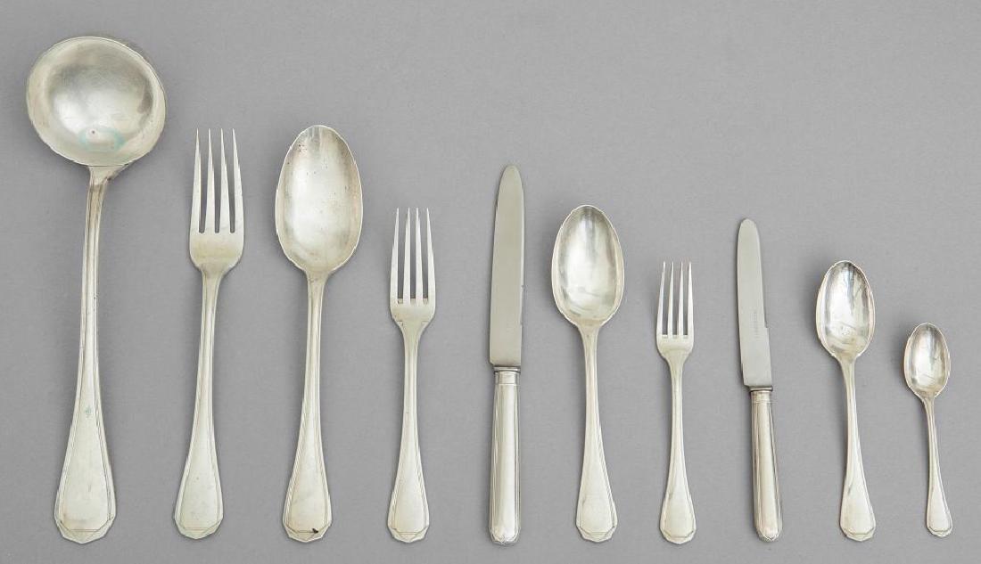 Servizio di posate in argento composto da: 12