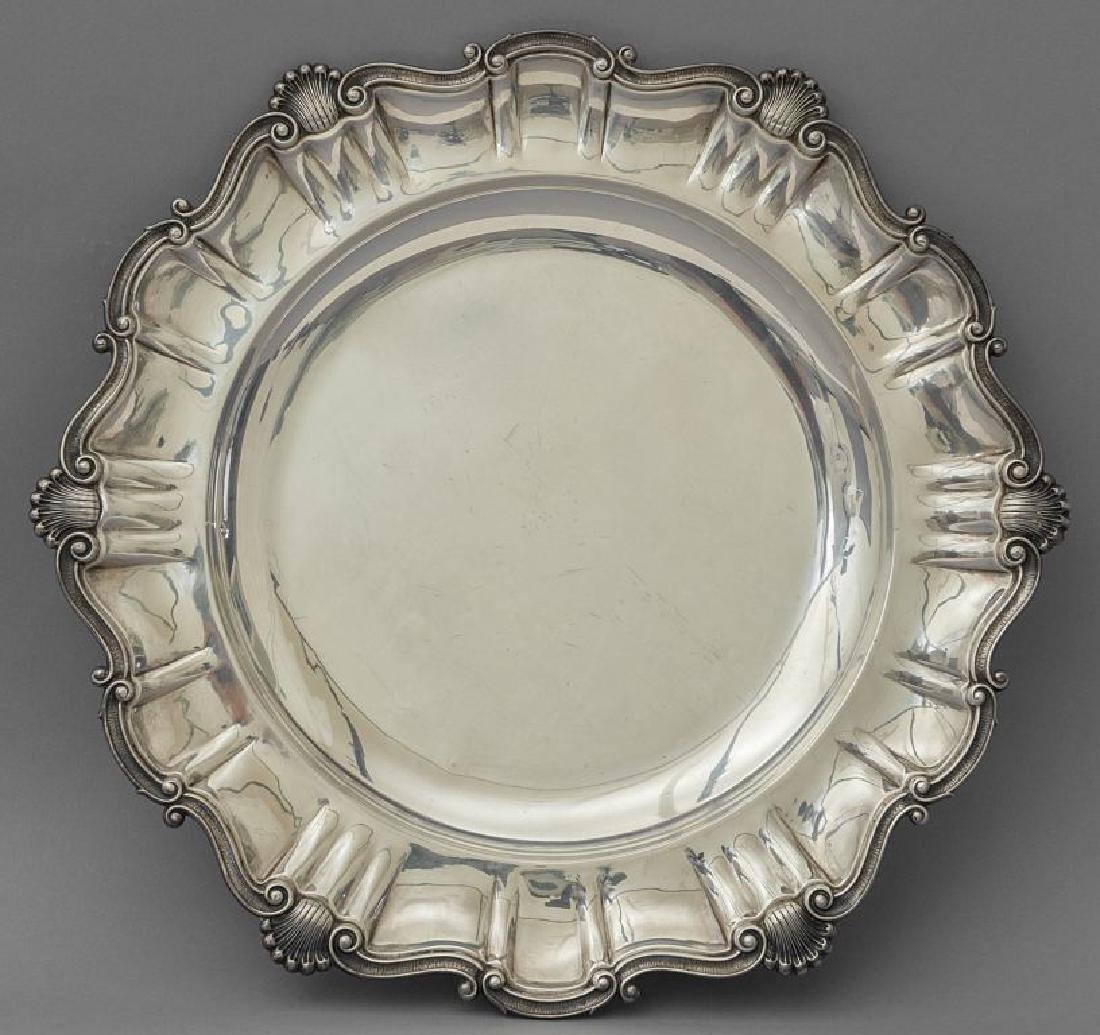 Grande piatto in argento, argentiere