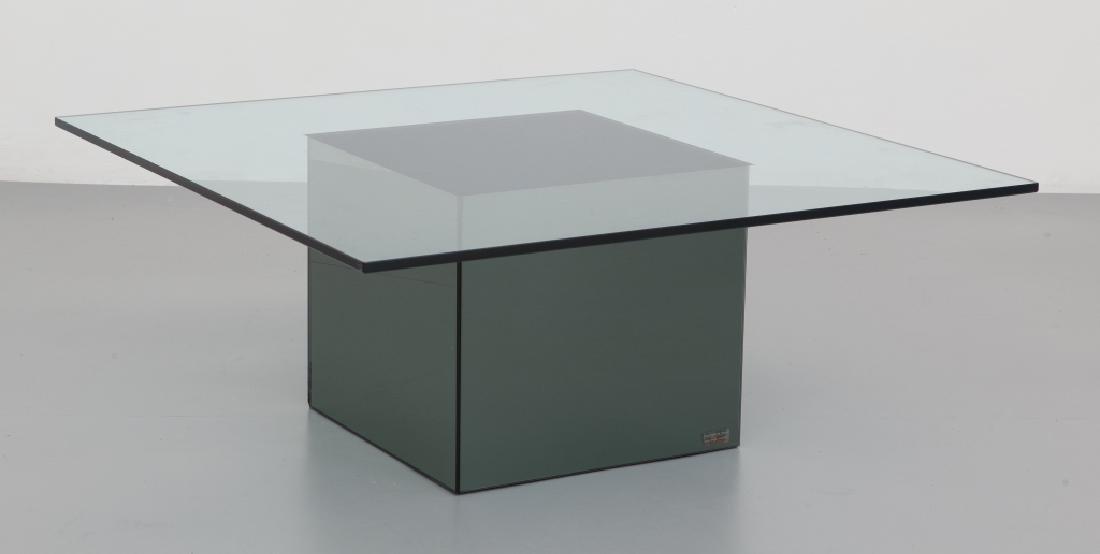 """NANDA VIGO  Un tavolino """"Blok"""" per ACERBIS"""