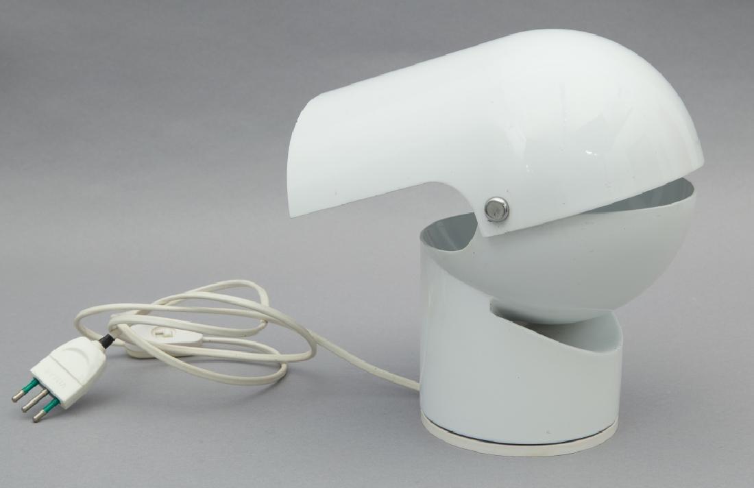 GAE AULENTI  Una lampada da tavolo 'Pileino'