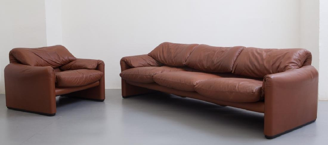 VICO MAGISTRETTI  Una poltrona e un divano