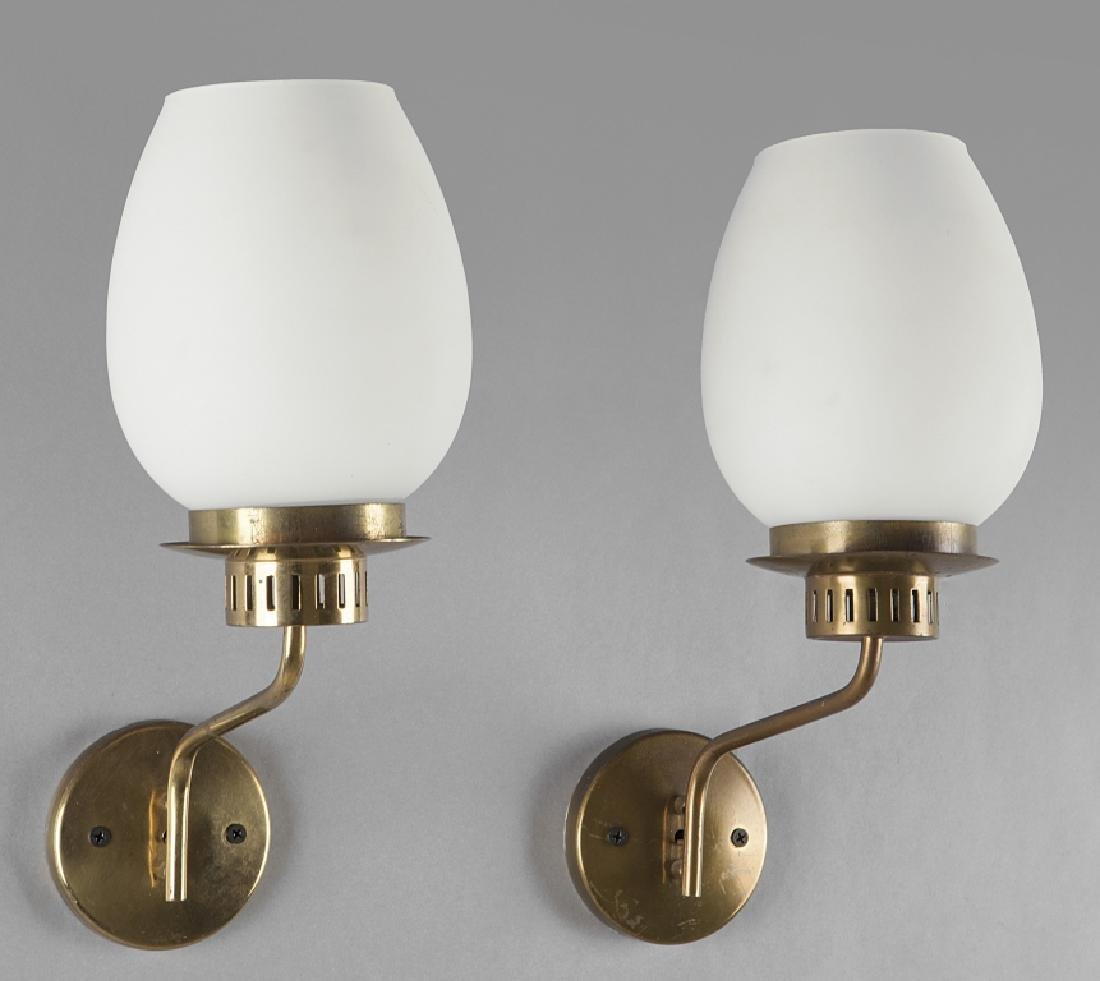 STILNOVO  Due lampade a parete, anni '60.