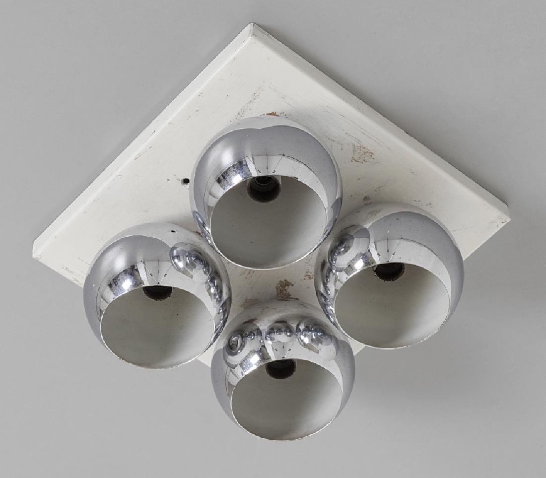 ARREDOLUCE Una lampada a plafone o da parete