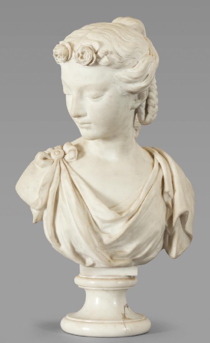 Busto di giovane donna in marmo bianco statuario,