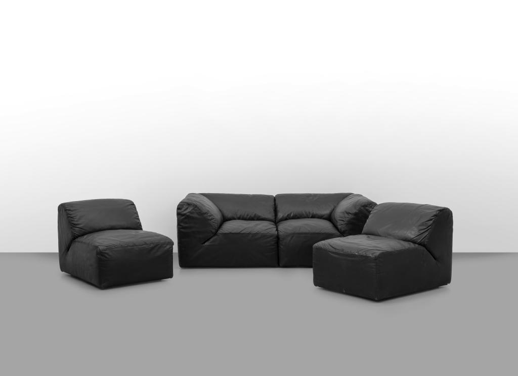 """LUCA MEDA Un divano componibile """"Lambo"""" per"""