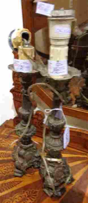 Coppia di candelieri antichi in rame argentato