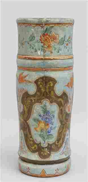 Vaso in legno laccato in policromia a fiori su