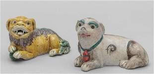 Due piccoli cani di Pho in porcellana Cina inizi