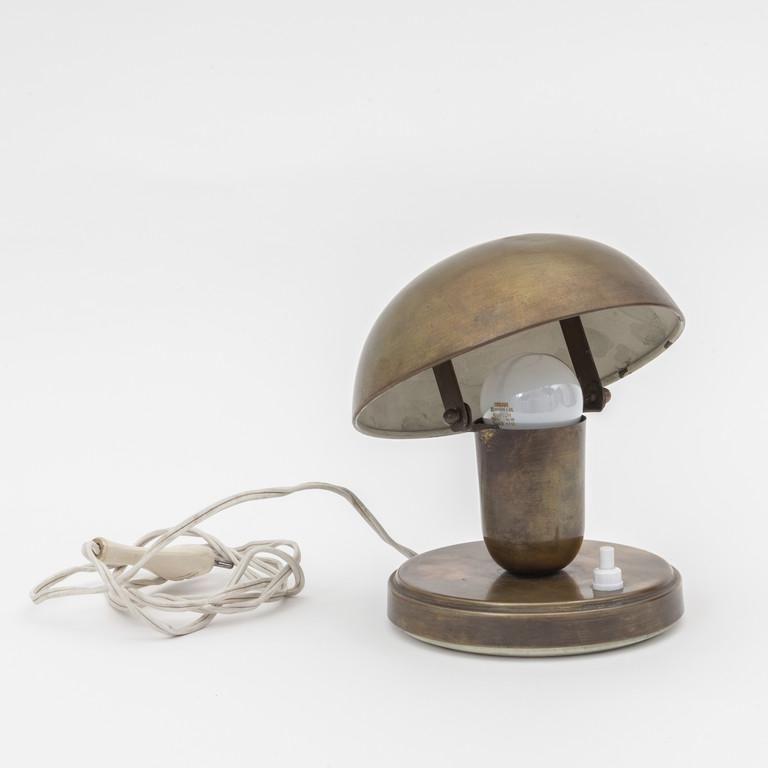 GILARDI & BARZAGHI  Una lampada da tavolo,