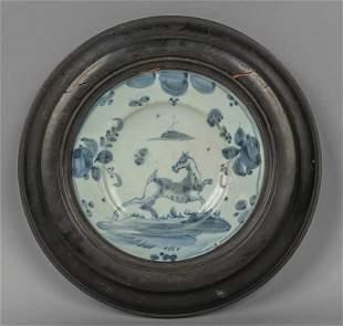 Piatto in ceramica di Savona decorato a