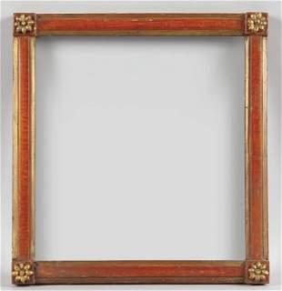 Cornicetta di forma quadrata in legno intagliato,