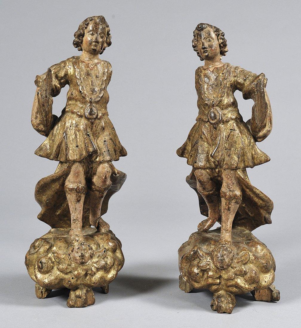 Coppia di sculture raffiguranti angeli in legno
