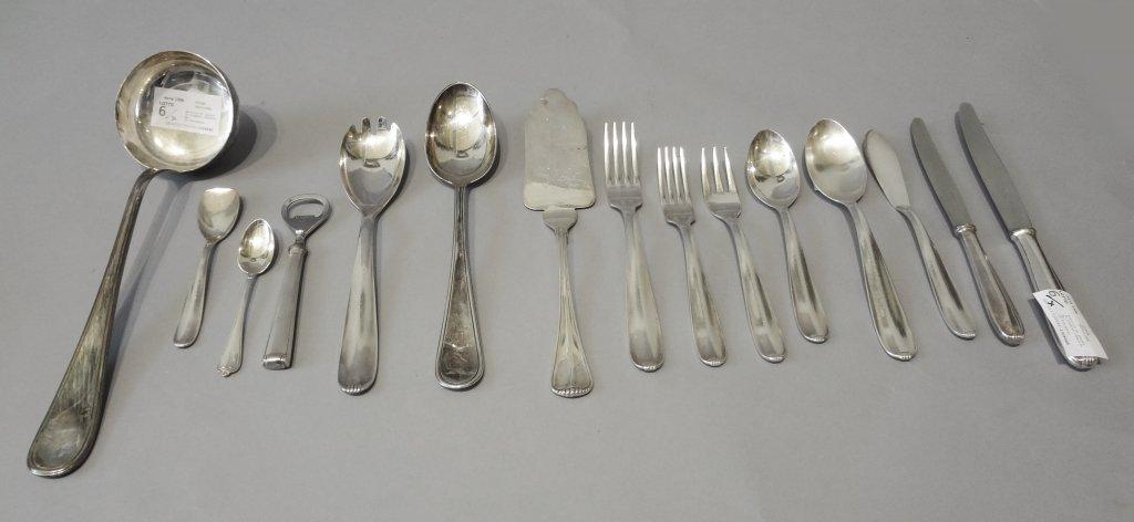 Servizio di posate in argento composto da: 10