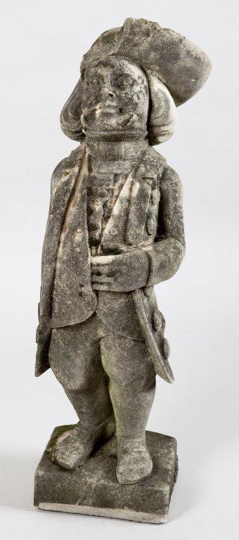 Nobiluomo, scultura in pietra sec.XIX h.cm.84