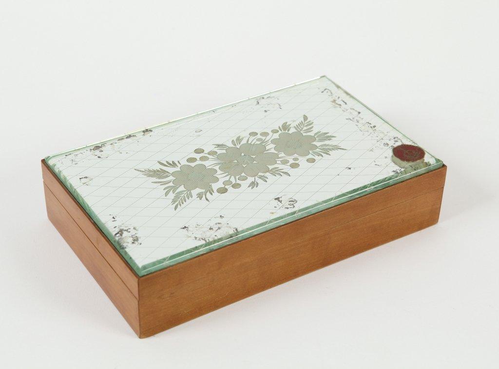 FONTANA ARTE  Una scatola, anni '30.  Legno