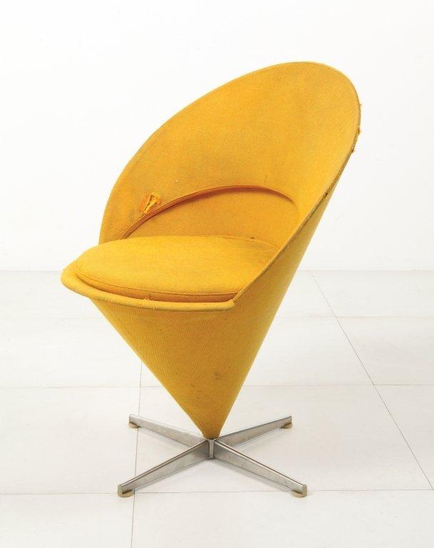 """VERNER PANTON  Una """"Cone chair"""" K1 per"""