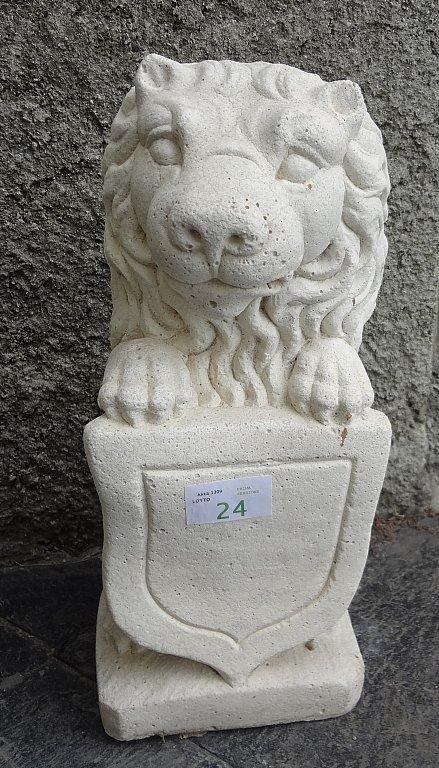 Leoncino in pietra  h cm 46