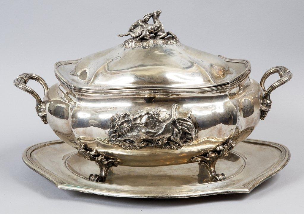 Grande zuppiera con sottopiatto in argento