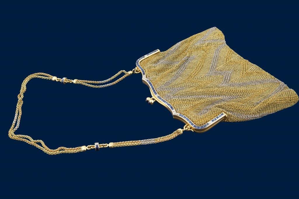 Borsetta in oro bianco e giallo gr 390 di