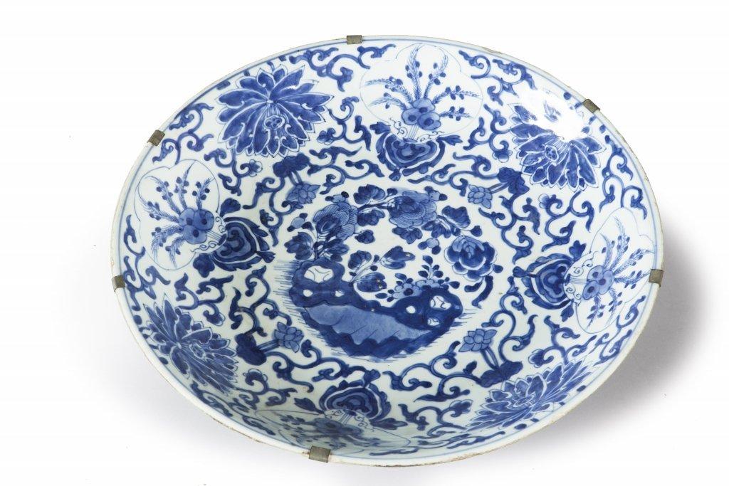 Piatto fondo grande in porcellana bianco e blu