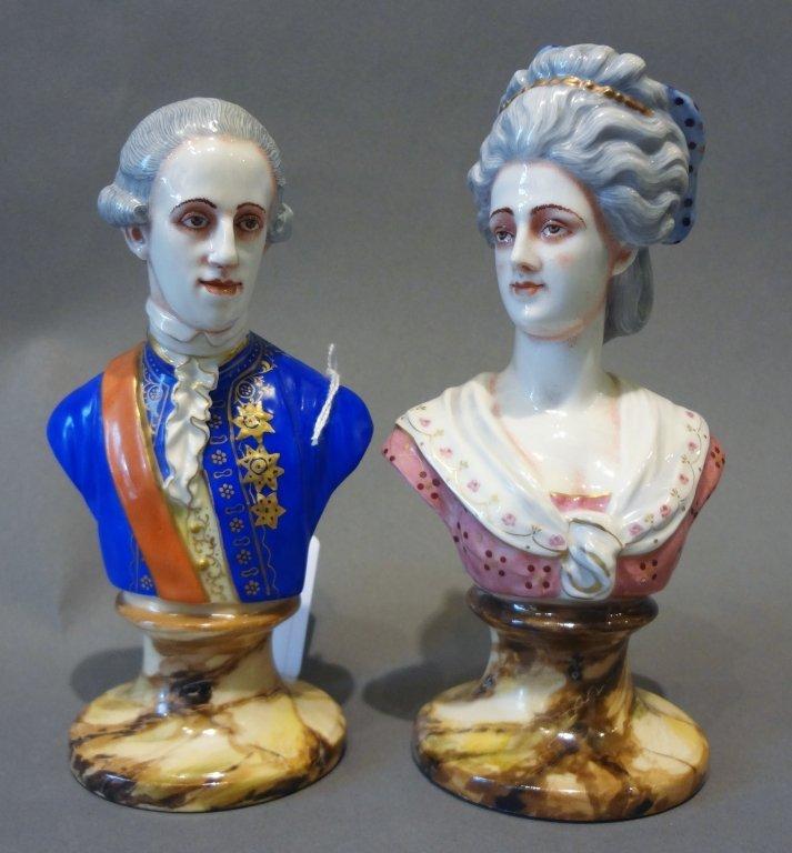 Coppia di bustini in porcellana Ginori