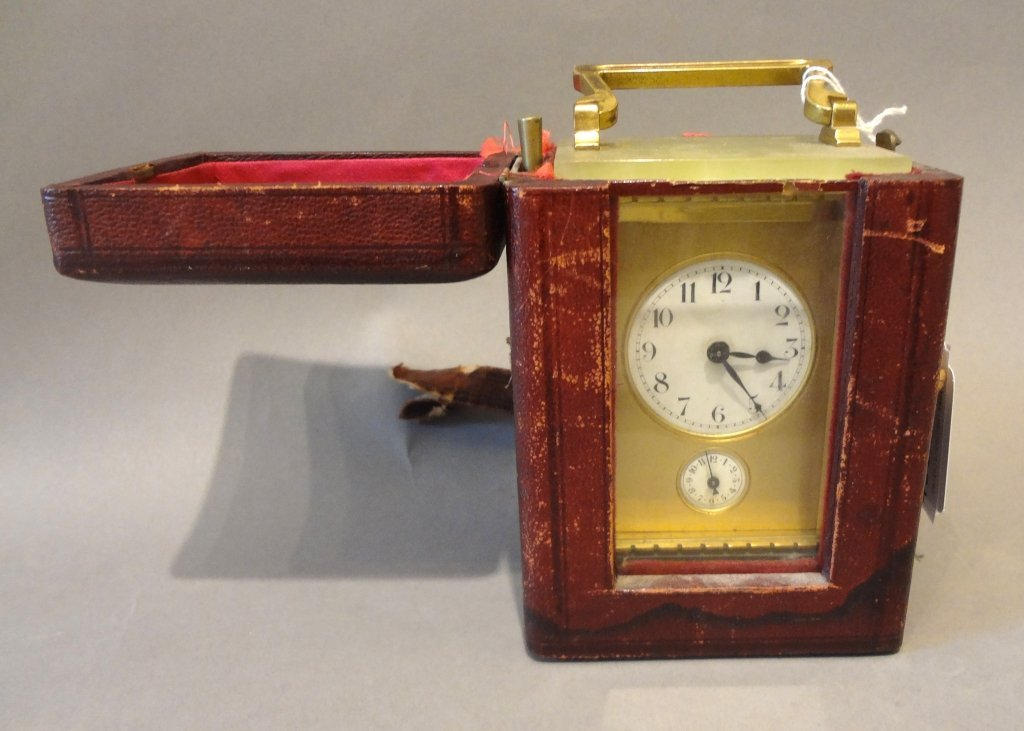 Officier in bronzo e onice con custodia originale