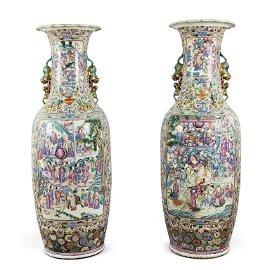 Coppia di grandi vasi in porcellana Famiglia Rosa