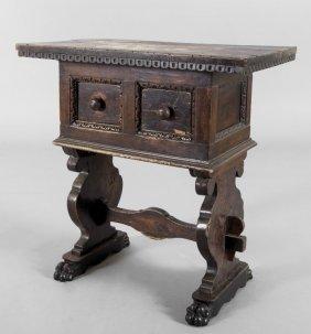 Piccolo Tavolino A Due Cassetti Con Gambe Ad Asso