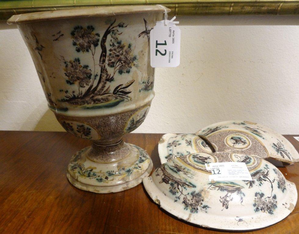Vaso con coperchio in ceramica di Savona,