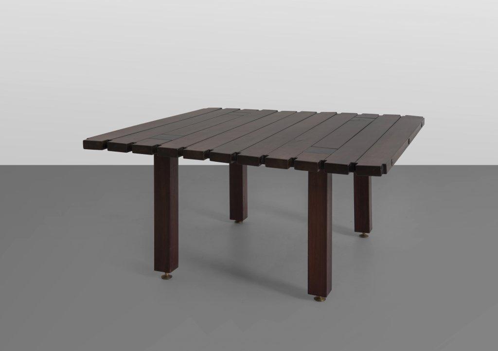 ETTORE SOTTSASS  Un tavolino per POLTRONOVA,