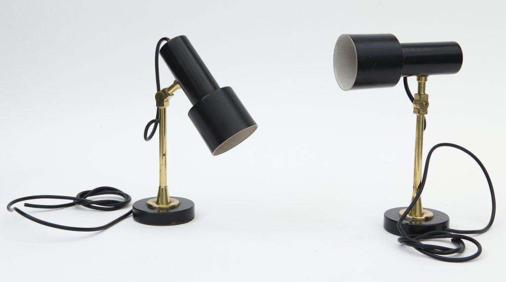 "DUE LAMPADE DA TAVOLO, anni ""60.  Ghisa"