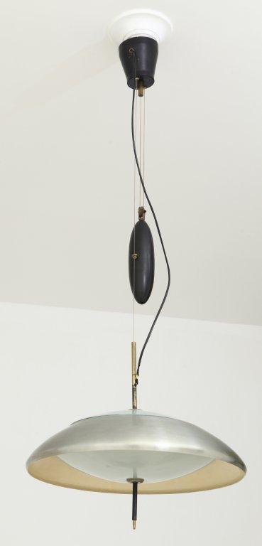 LUMI (Editore) Una lampada a sospensione a
