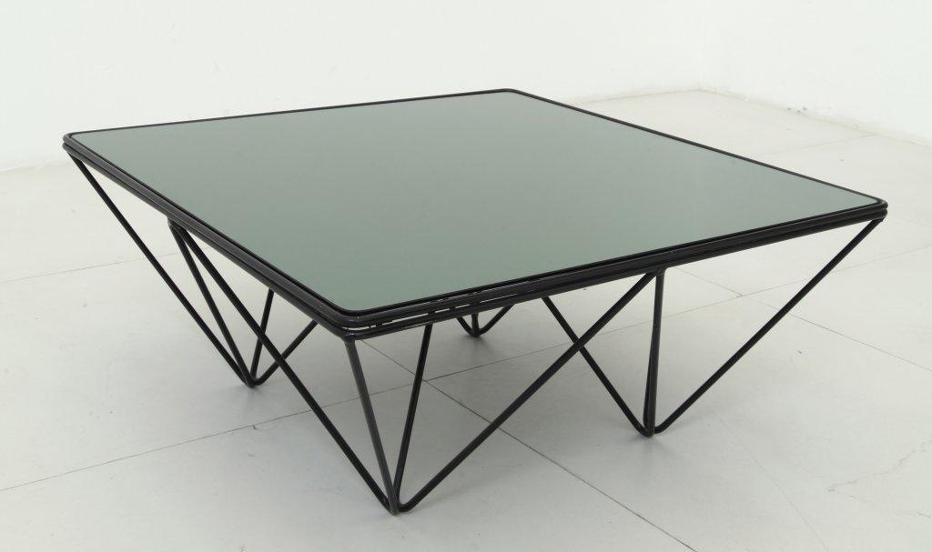 PAOLO PIVA  Un tavolino per B&B ITALIA, anni