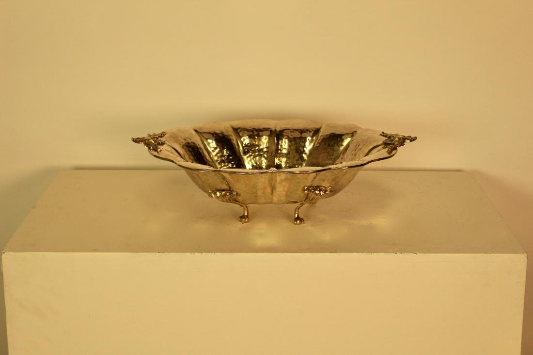 Exceptional Quality Large Hammered Finish Serving Dish