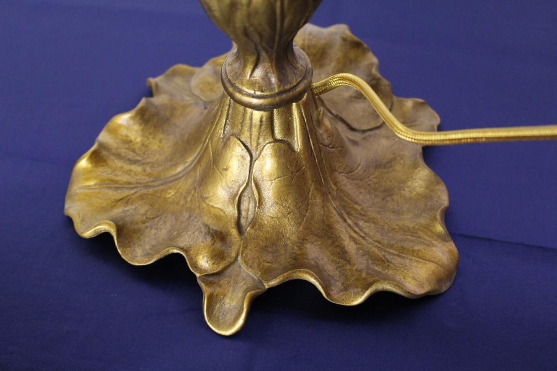 Victorian Table Lamp with Stylized Leaf Base - 8