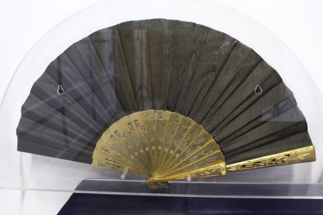 Pair of Antique Chinese Fans - 10