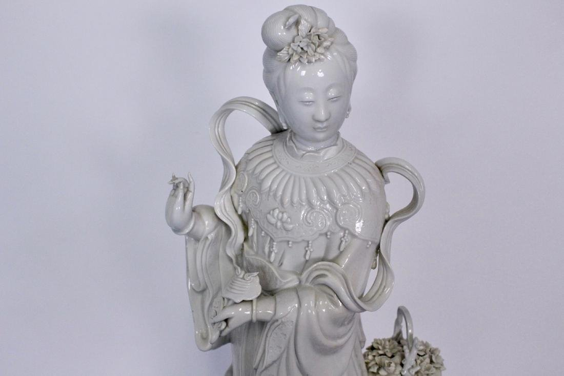 Early 20th Century Blanc de Chine Buddhist Statue - 4