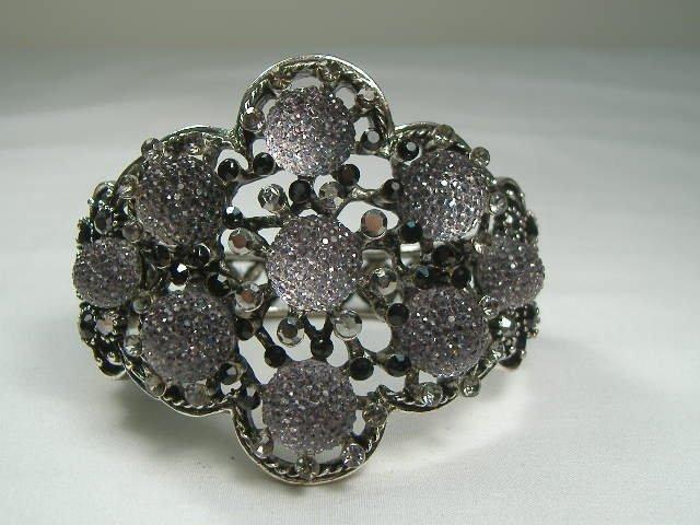 Vintage Onyx Swarovski Crystal Bangle