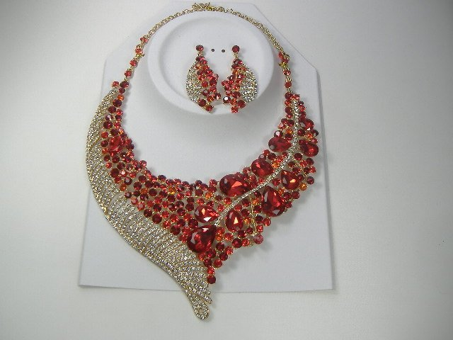 Vintage Ruby Swarovski Crystal Necklace & Earring Set