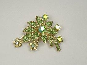 Vintage Emerald Swarovski Crystal Flower Pin/Brooch