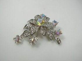 Vintage Swarovski Crystal Flower Pin/Brooch