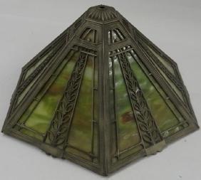 *SLAG GLASS TABLE LAMP