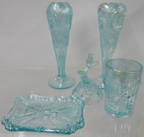*5 PIECES OF FENTON ART GLASS