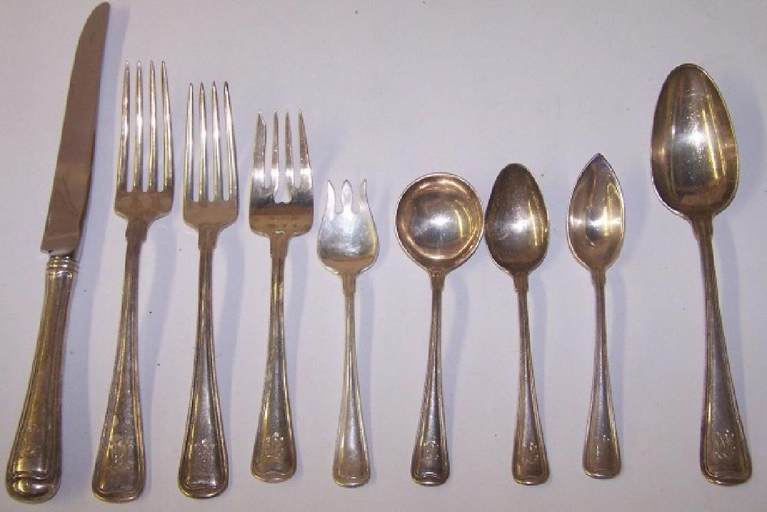 *25 PIECES OF STERLING SILVER FLATWARE