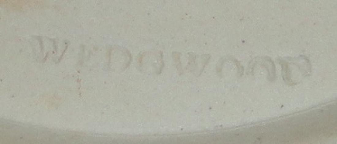 *4 PIECES OF WEDGWOOD POTTERY - 2