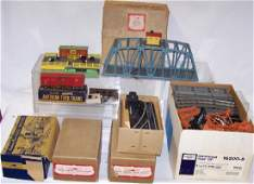 LARGE GROUP OF AMERICAN FLYER ACCESSORIES