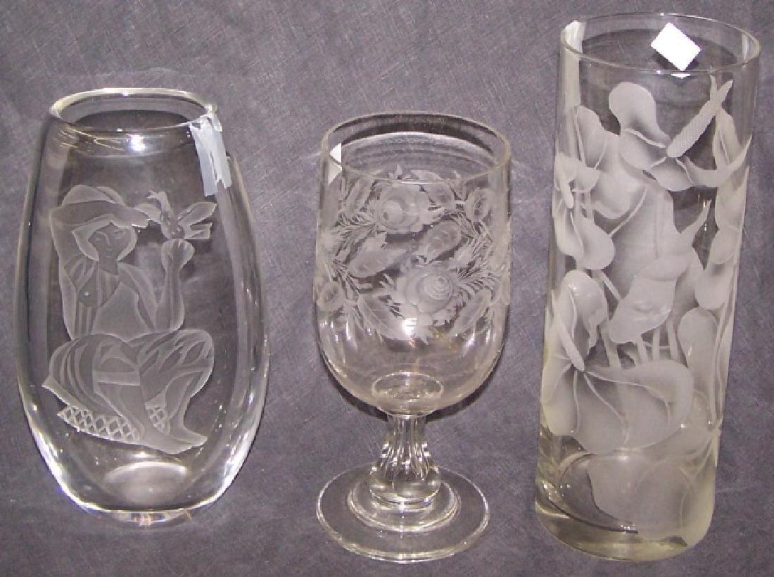 3 PIECES OF GLASSWARE