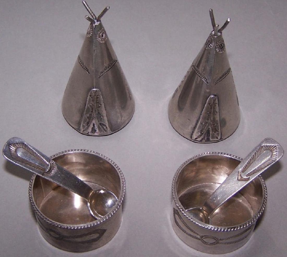 *6 PIECES OF MINIATURE STERLING SILVER
