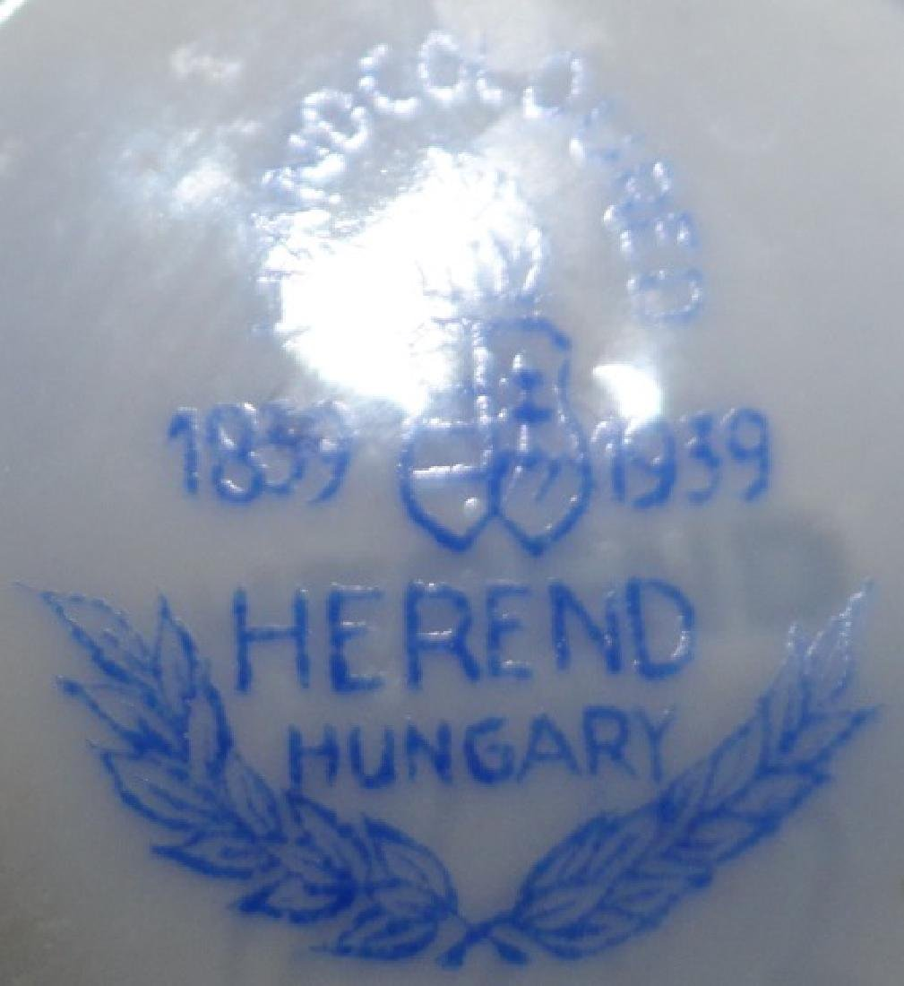 PAIR OF HEREND PORCELAIN URNS - 3